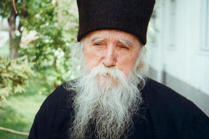 Романската Црква ја подготвува канонизацијата на своите прочуени духовни старци од 20 век